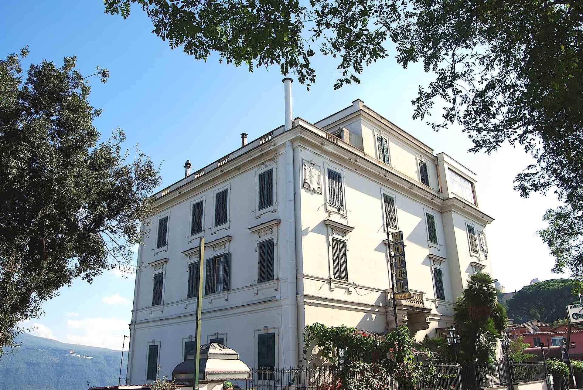 palazzo canne fumarie condominio roma